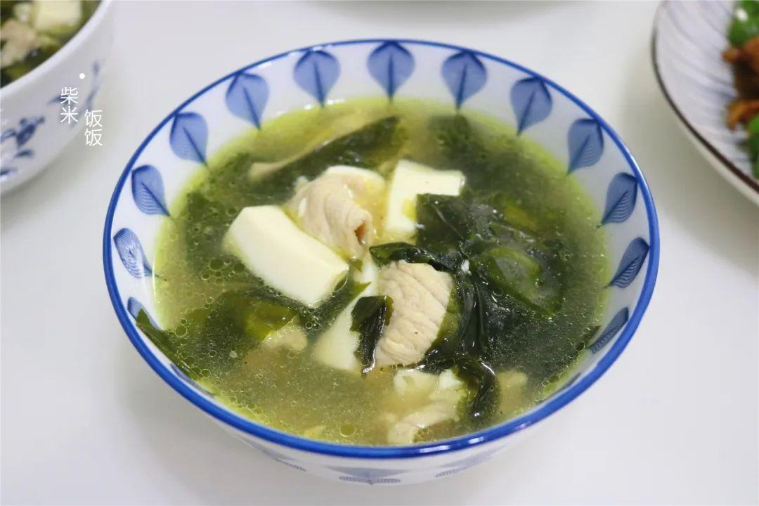 晚餐轻断食,我经常煮这款汤,营养低脂又饱腹,不担心长胖