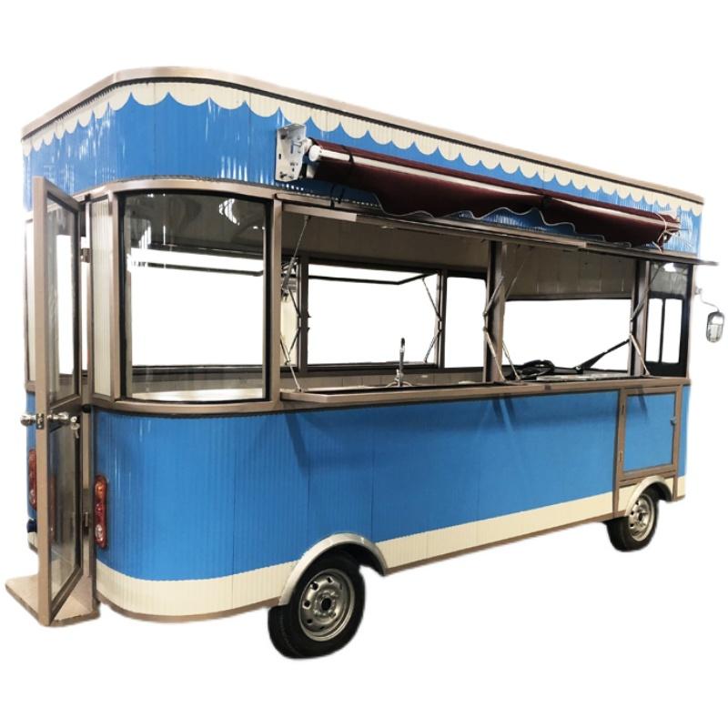 小吃车多功能餐车 电动四轮摆摊美食烧烤移动流动房车